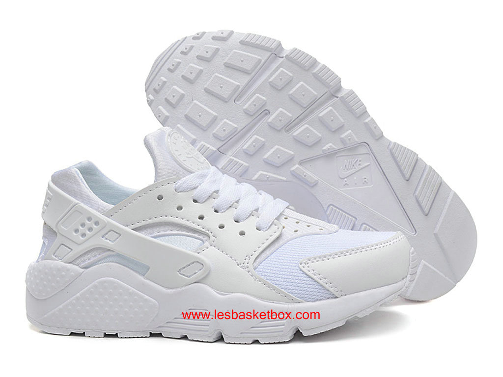 release date: a8e55 919ff ... Nike Air Huarache Chaussures Femme-Air Urh En Blanc Coleur 318429-111  ...