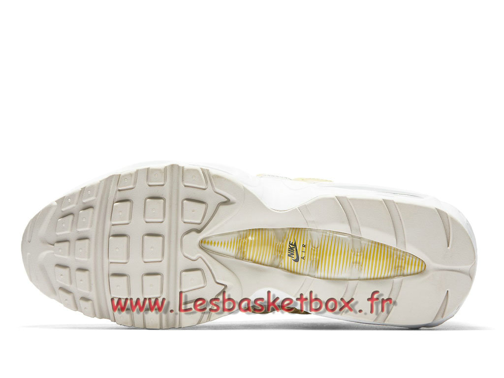 innovative design b8e28 afeeb ... Nike Air Max 95 Essential Lemon Wash 749766 107 Chaussures NIke 2018  Pour Homme ...