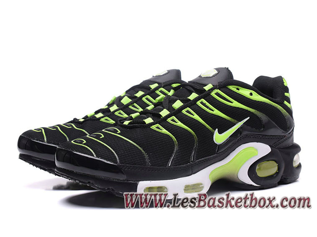 ... Nike Air Max Plus (Nike Tn 2017) noire Vert Chaussures Nike basket Pour homme ...