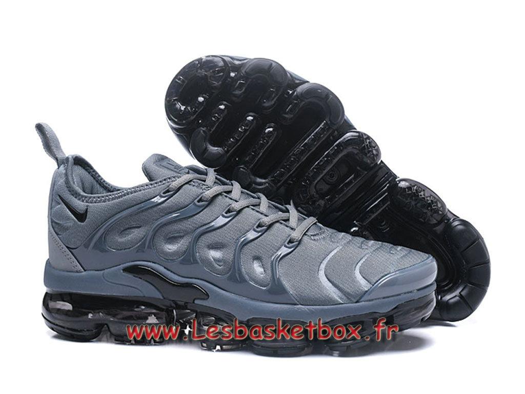 nike air vapormax plus gris noires chaussures nike pas. Black Bedroom Furniture Sets. Home Design Ideas