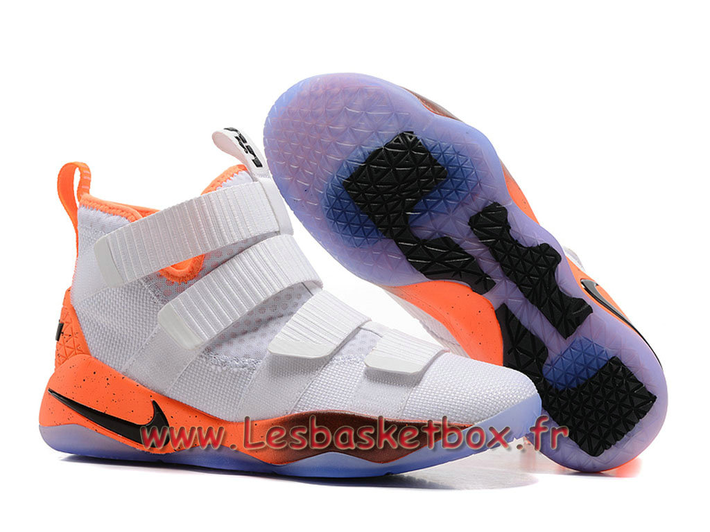 the best attitude 5a3a2 50170 ... Nike LeBron Soldier 11 Blanc/Orange Chaussures Nike Basket Prix Pour  Homme ...