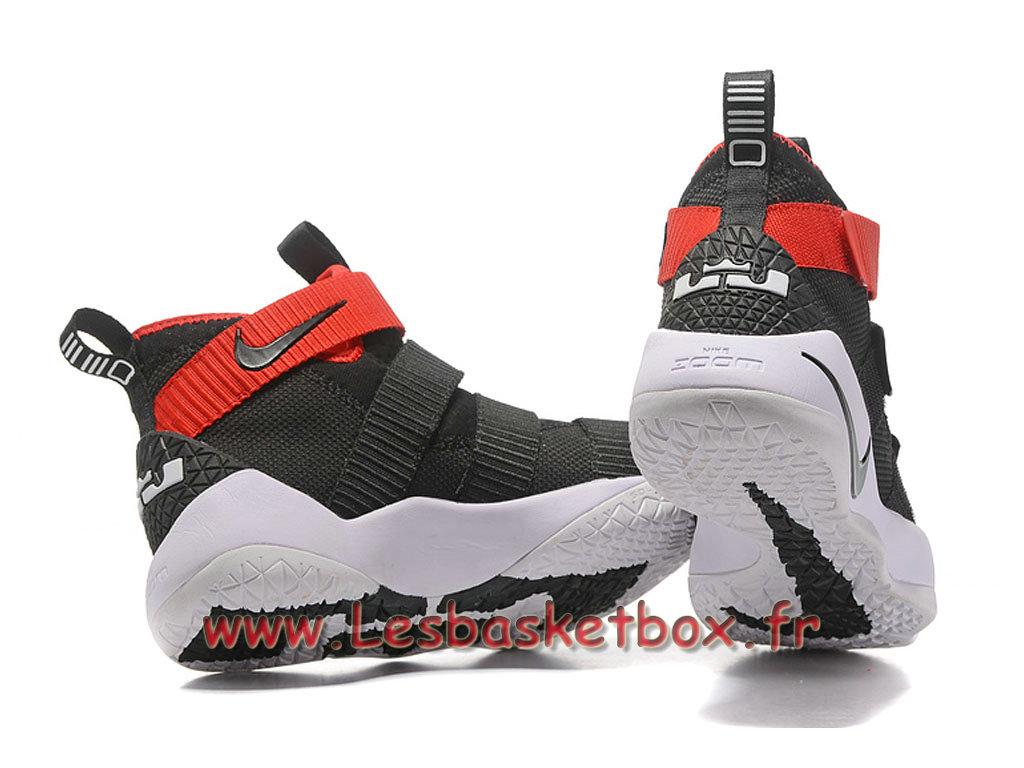 3dd8c0a5ea16d ... Nike LeBron Soldier 11 Noir Rouge Blanc Chaussures Nike Basket Prix  Pour Homme