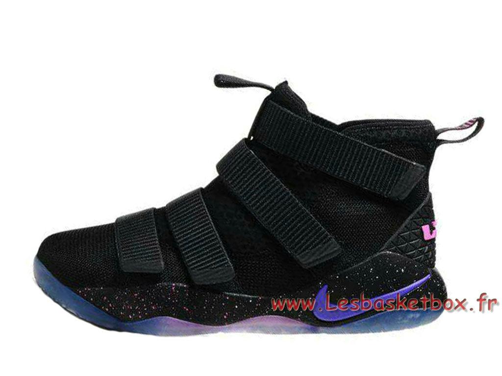 the latest ae9c6 69302 Nike LeBron Soldier 11 Noires Pourpre Chaussures basket nike pas cher Pour  Homme Noires ...