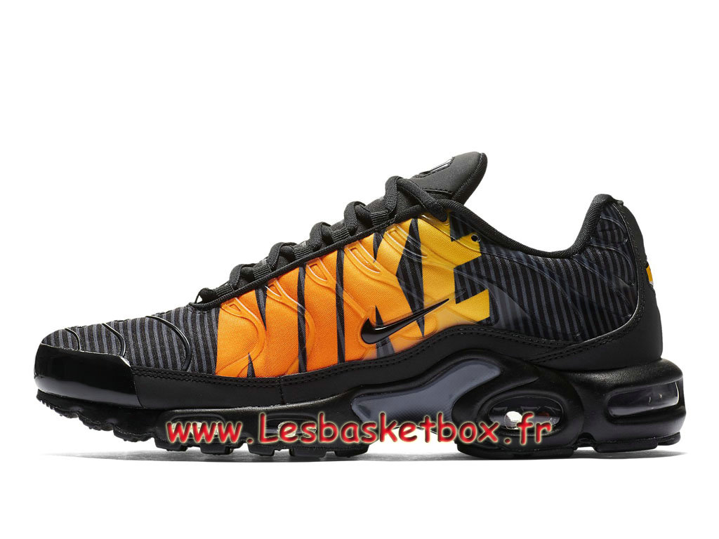 the latest 8bda4 75b39 Nike Tn Air Max Plus Se Striped Black Orange AT0040 002 Chaussures Tuned 1  Pour Homme ...