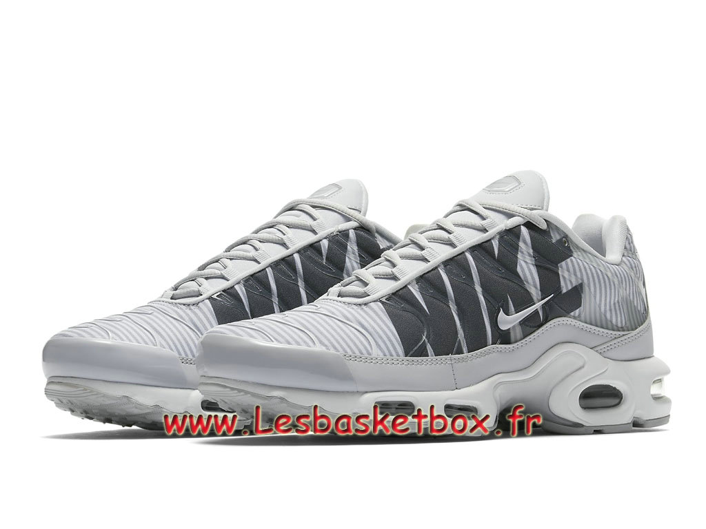 aa9952889493c3 ... Nike TN Air Max Plus SE Wolf Grey AT0040_003 Chaussures Tn Pas Cher  Pour Homme ...