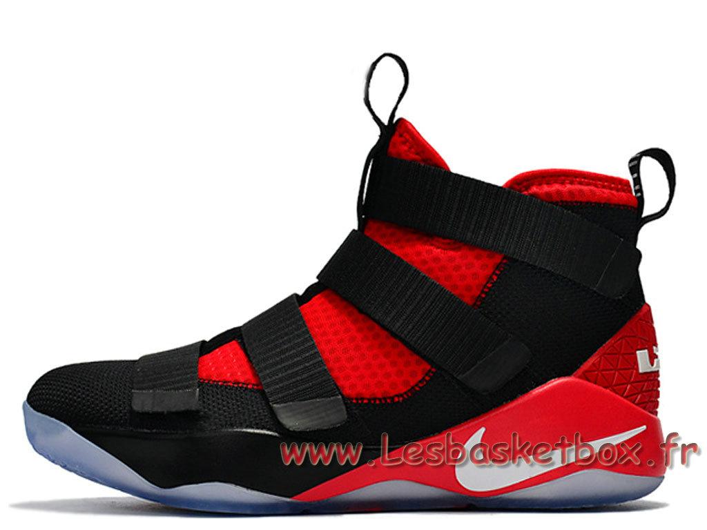 38de925139c21d Nike Wmns LeBron Soldier 11 Noires Rouge Femme/Enfant Nike Basket For Rouge  ...