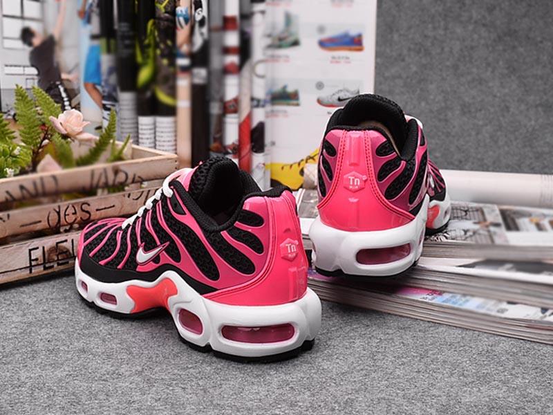 Meilleur Prix Chaussures Nouveau Nike Air Max TnTn Requin Pour Femme Noir Rose 1610040310 Officiel Nike Basket Pour Homme Et Femme A Vendre En